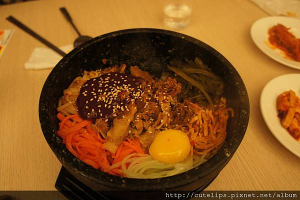 石鍋豬肉拌飯