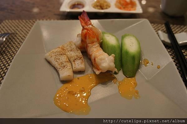 乾煎明蝦佐海膽醬汁