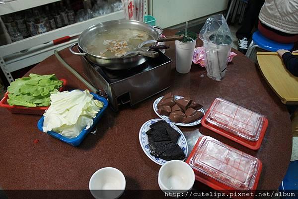 青菜、鴨血、米血&豬肉2011/12/18