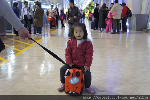 小希在高雄小港機場