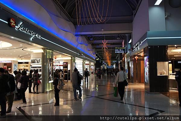 小港機場免稅商店