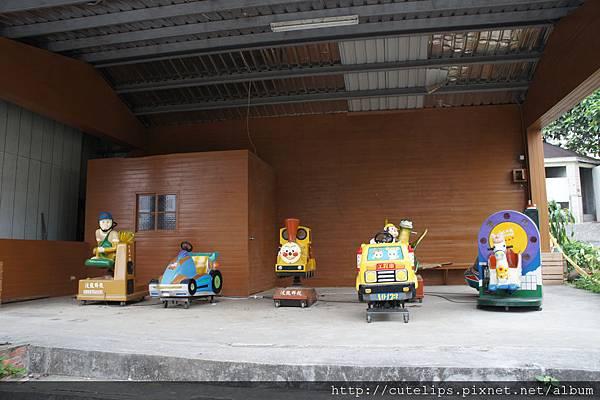 壞掉的電動玩具車