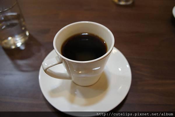 虹吸式咖啡(忘了點一種)