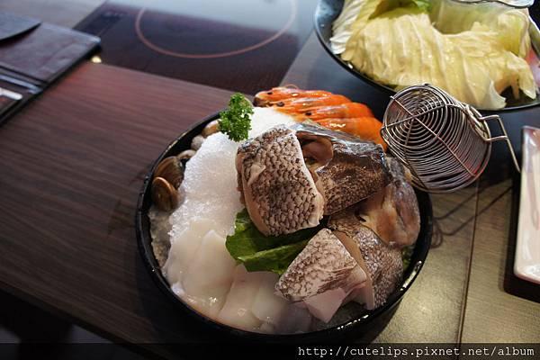 深海龍鱈海鮮拼盤