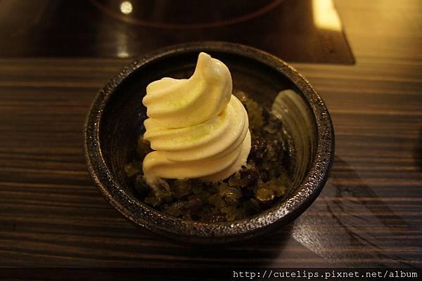 抹茶刨冰霜淇淋