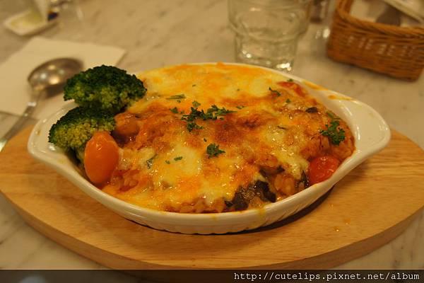 烤雞鮮菇番茄醬汁焗飯