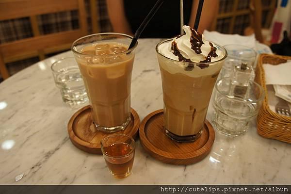 皇家冰奶茶&冰摩卡咖啡