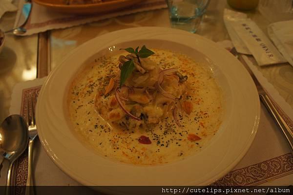 焗圓鱈佐奶油海鮮醬