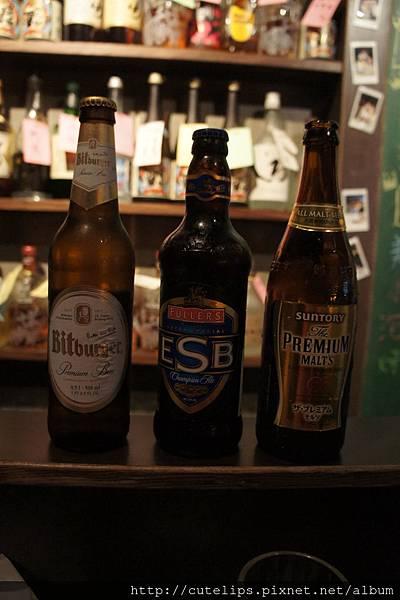 店內販售的三款啤酒