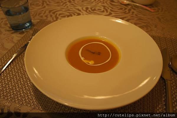 南瓜奶油培根濃湯