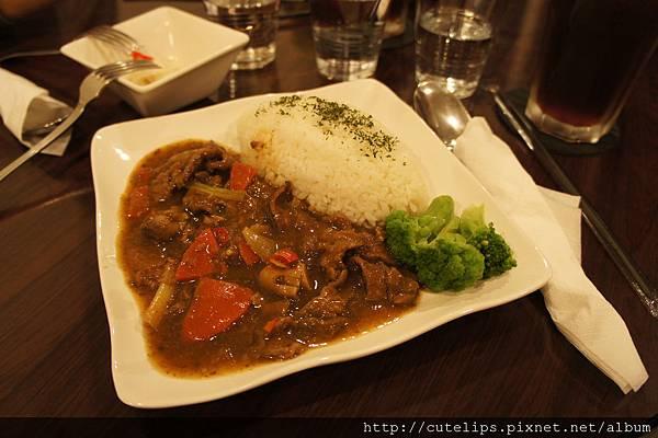 茄汁紅酒牛肉