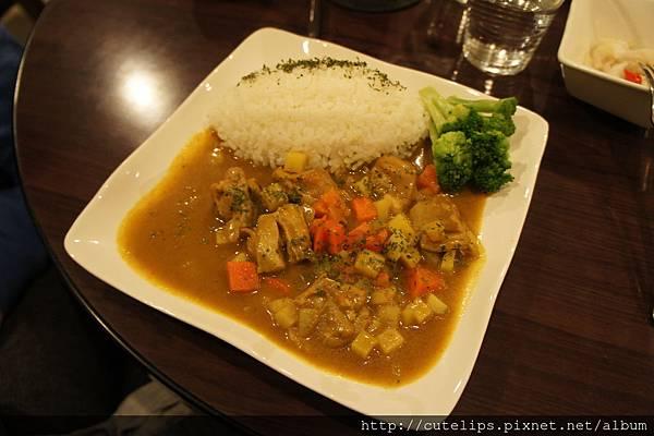 泰式椰香雞肉飯