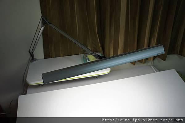 T5雙臂夾燈