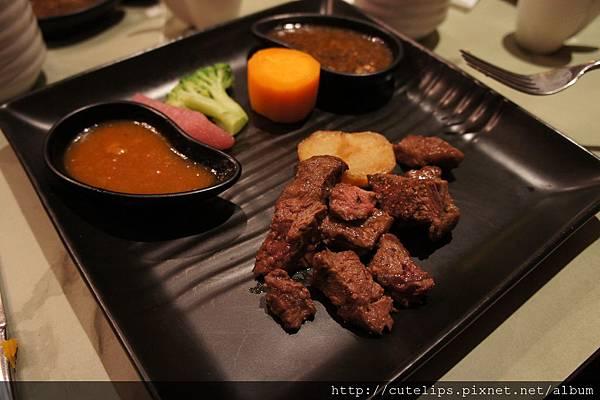 陶板香煎牛肉(再煎熟一點後)