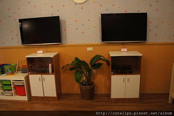 親子樂園-X-BOX&WII