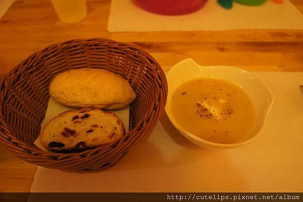 麵包&濃湯