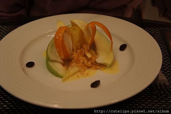 季節水果自製優酪沙拉