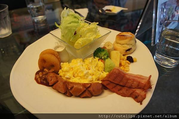 招牌英式早午餐(炒蛋)