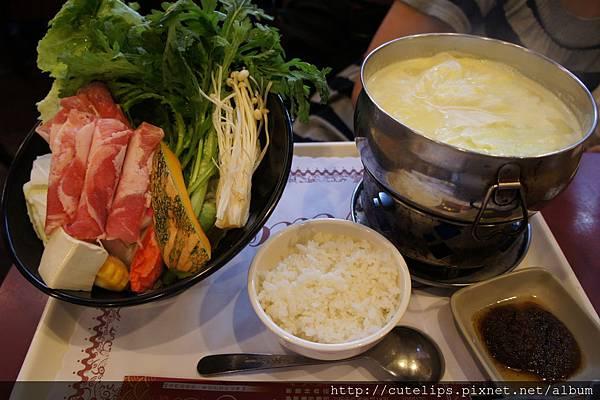 奶香南瓜養生鍋