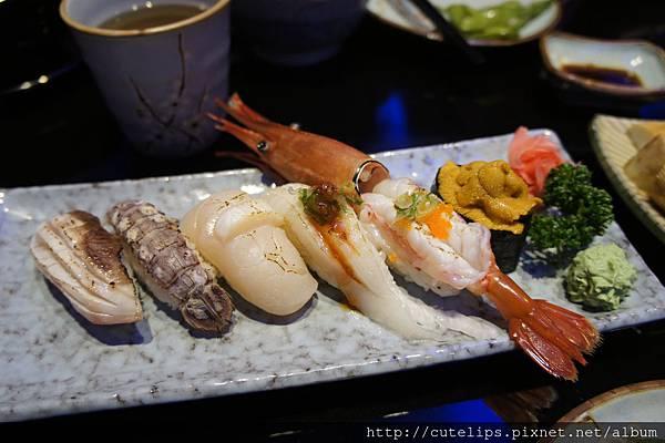 炙燒綜合握壽司