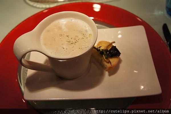 牛肝菌菇濃湯
