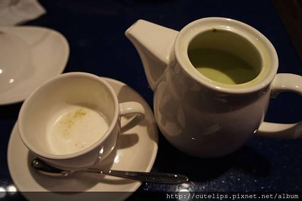熱抹茶歐蕾