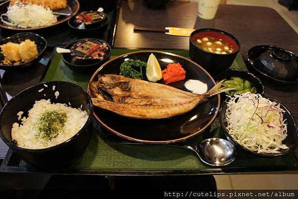 竹筴魚定食