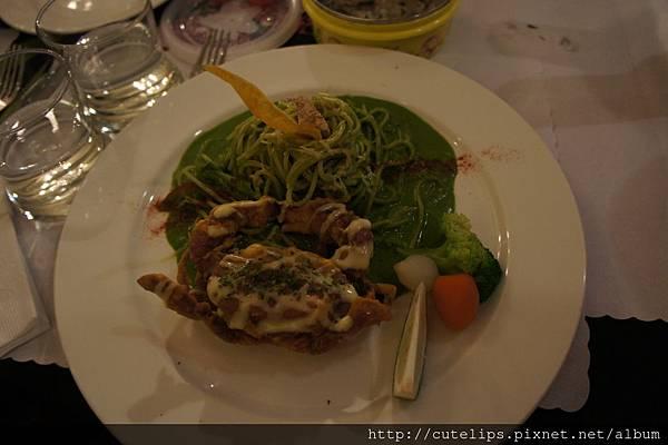 軟殼蟹青醬義大利麵
