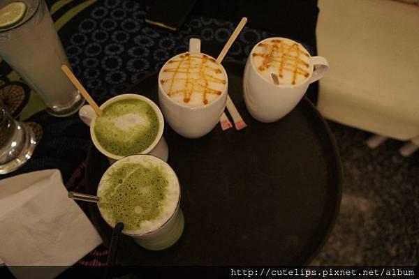 抹茶拿鐵&焦糖鮮奶茶