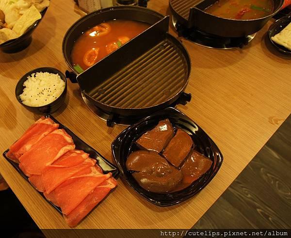 高纖番茄鍋(豬肉)+鴨血