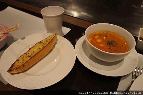 麵包&龍蝦濃湯