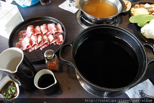 雪花牛肉壽喜燒鍋
