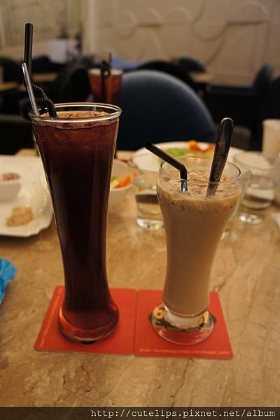 冰香蕉水果茶&冰特調咖啡103/6/28