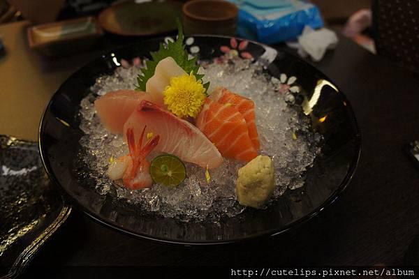 綜合生魚片