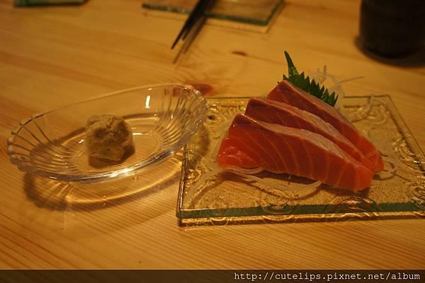鮭魚腹肉生魚片