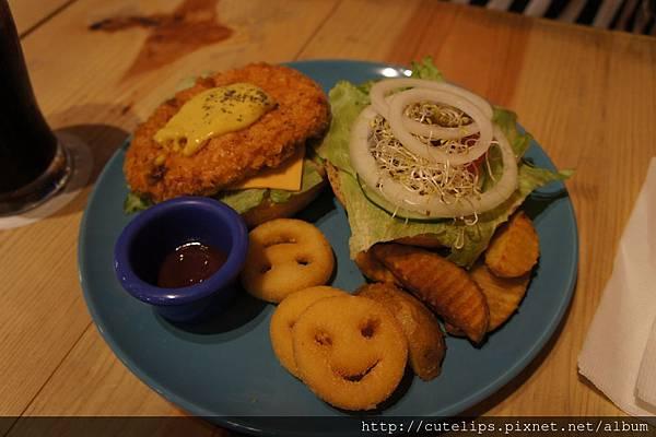 塔塔蝦排起司漢堡套餐