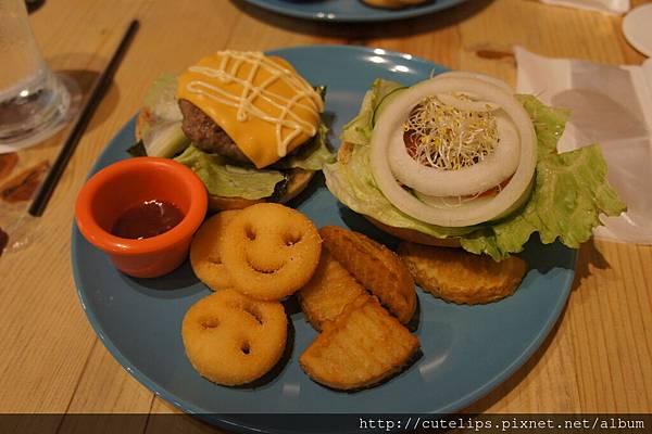 牛肉起士漢堡套餐