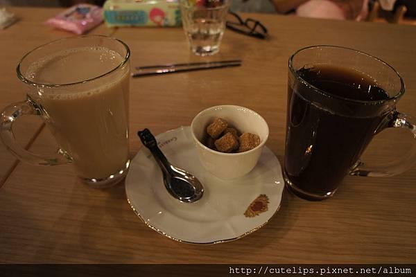 熱鮮奶茶&熱紅茶