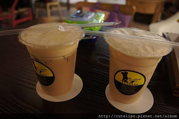 附餐飲立-冰拿鐵&冰奶茶