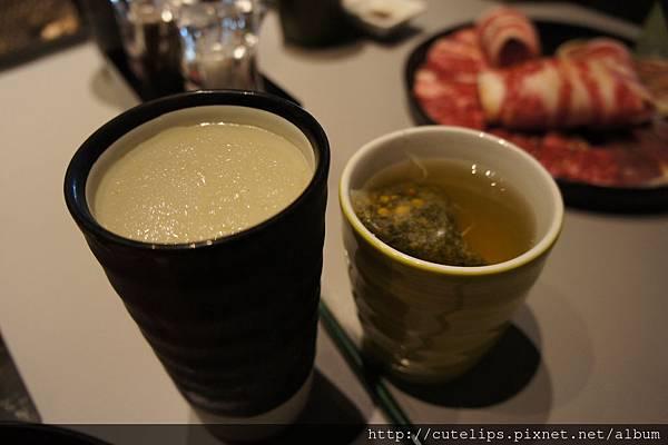 檸檬蘆薈冰沙&洋甘菊茶(熱)