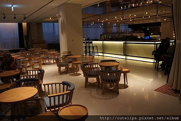 五樓-甘一酒吧