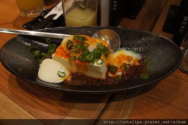 牛角招牌涼豆腐