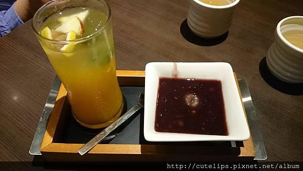 冰水果茶&紅豆紫米菓子燒
