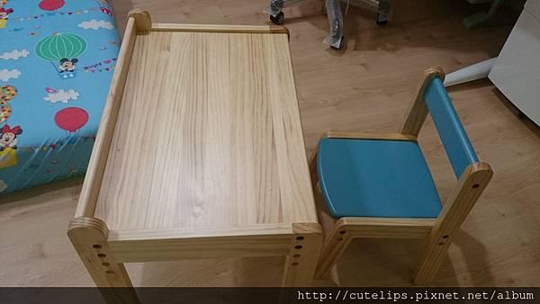 桌椅完成品