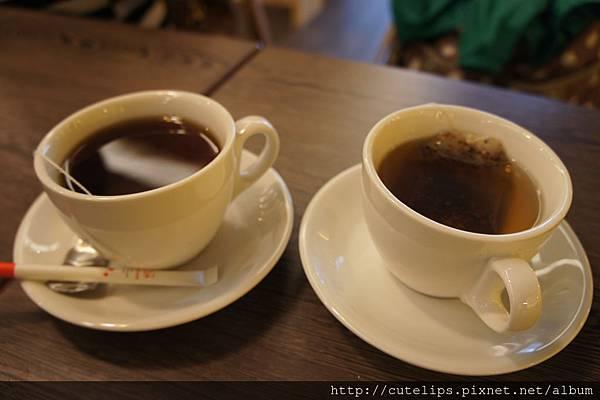熱紅茶&熱爽健美茶