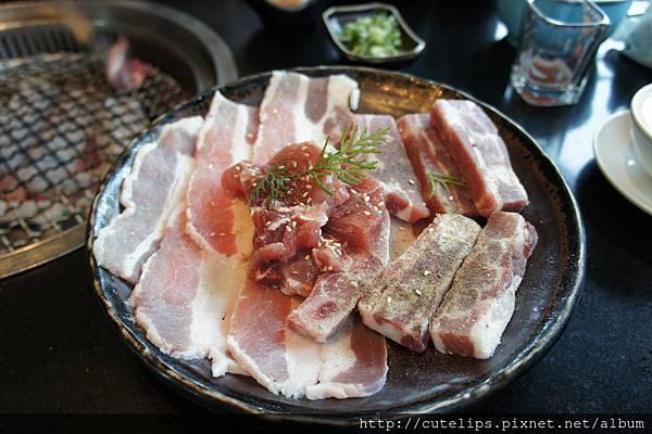 主餐-綜合豬肉B104/5/3