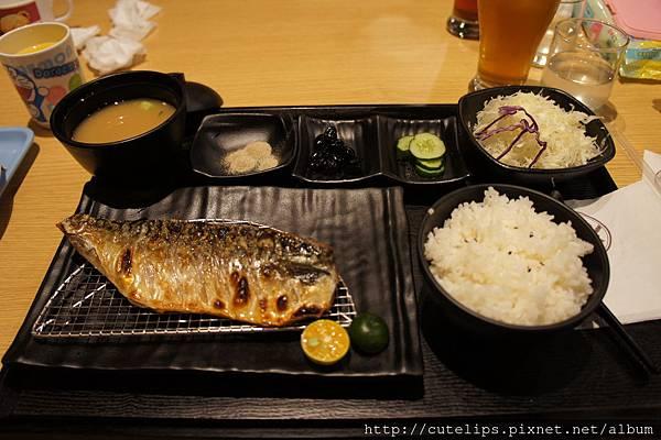香煎挪威鯖魚定食