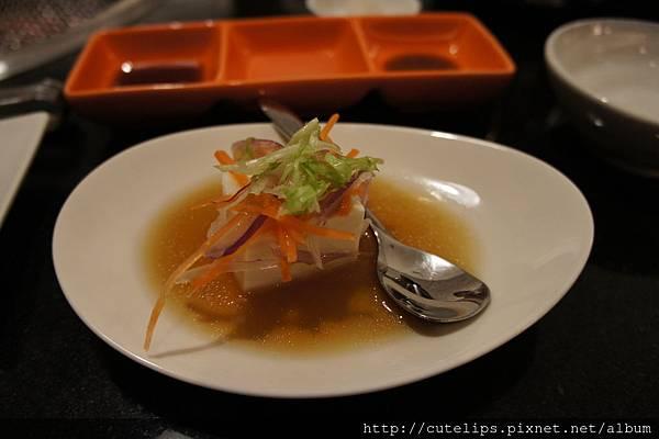 澳洲和牛9A套餐開胃小菜-柚香豆腐104/6/27