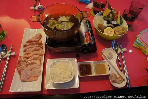 日式昆布火鍋+雞腿肉