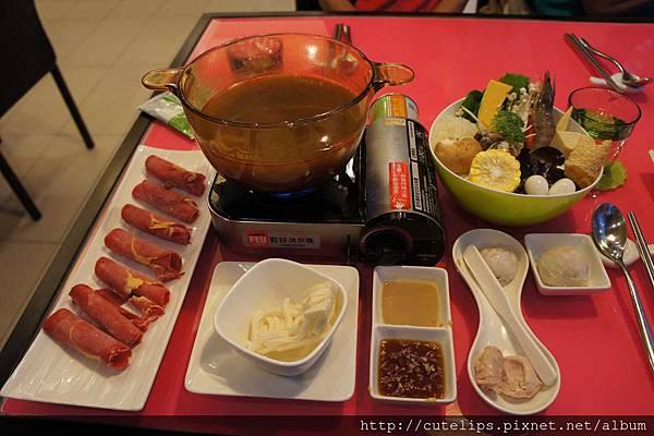 老師傅麻辣火鍋+澳洲低脂牛肉